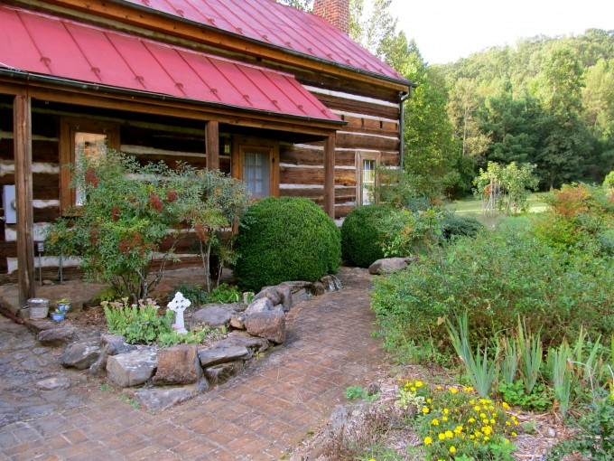 Cabin at Our Lady of the Angels Monastery for Retreats